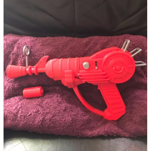 "3D Printed 15"" Zombie Ray gun mk1 revisited"